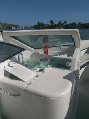 alugar charter lancha 28 pes cabo frio rj regiao dos lagos 222 556