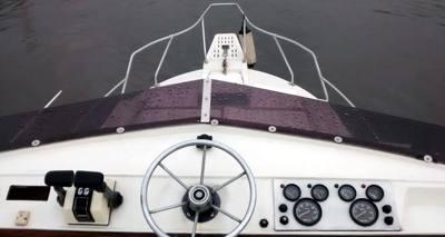 02/alugar charter lancha 32 pes ubatuba sp litoral norte 03 4