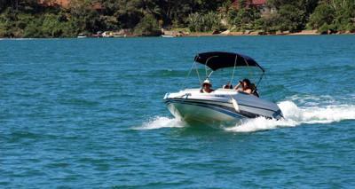 05/alugar charter lancha 8 pes paraty rj costa verde 22 34