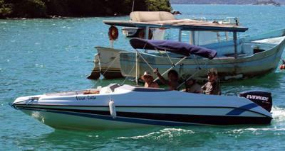 05/alugar charter lancha 8 pes paraty rj costa verde 22 35