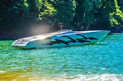 26alugar charter lancha 42 pes ubatuba sp litoral norte 36 9