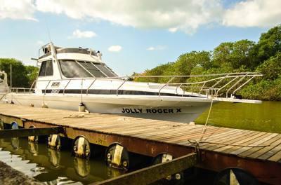 485/alugar charter 38 lancha sao sebastiao sp litoral norte 288 7789