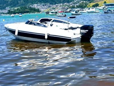 5alugar charter lancha 24 pes angra dos reis rj costa verde 30 949