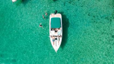 677/alugar charter 28 lancha angra dos reis rj costa verde 818 9607