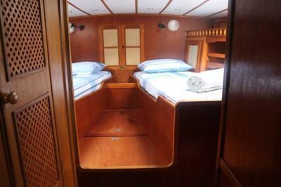 677/alugar charter 53 veleiro paraty rj costa verde 763 8863