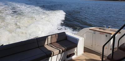677/alugar charter 60 lancha guaruja sp baixada santista 790 900