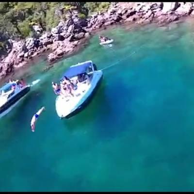 681/alugar charter 27 lancha cabo frio rj regiao dos lagos 727 10536
