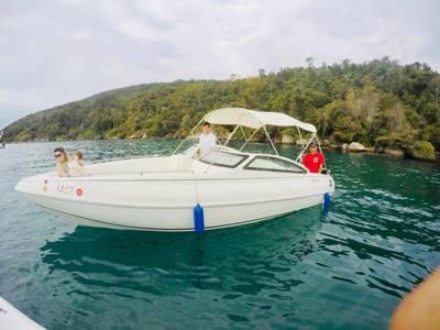 50/alugar charter lancha 24 pes paraty rj costa verde 18 1738
